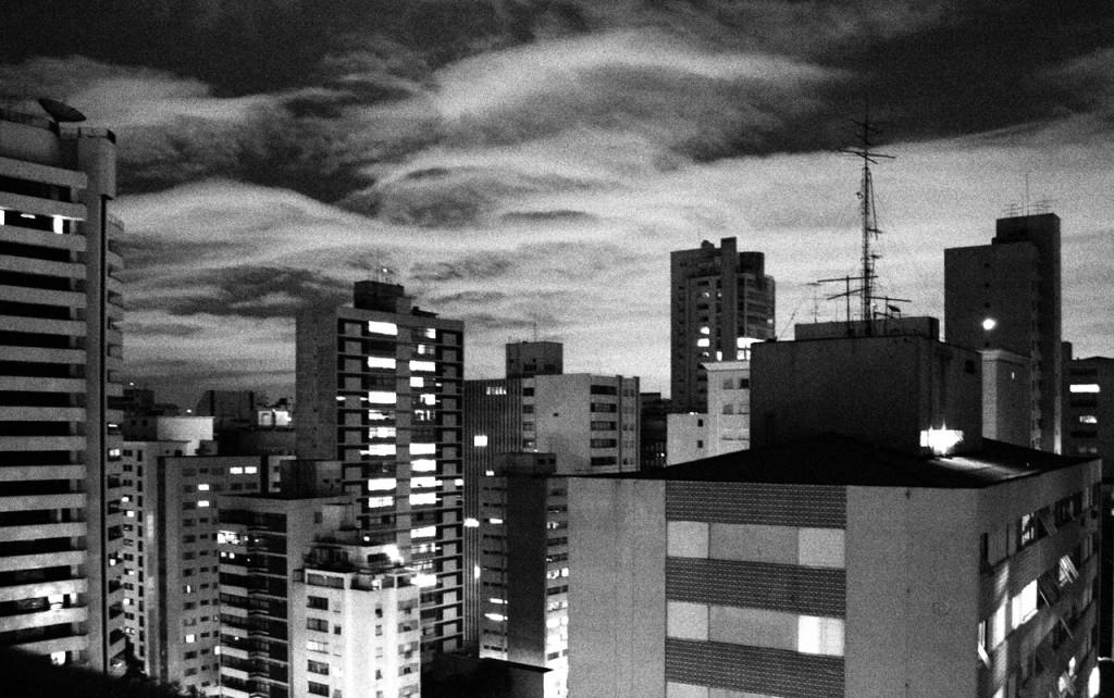 São Paulo, 23 horas...